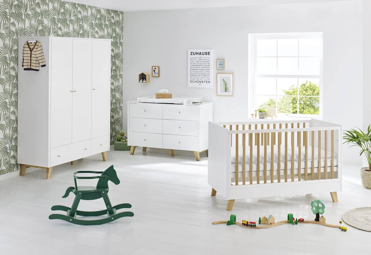 Pinolino 'Pan' 3-tlg. Babyzimmer-Set weiß, breit, 3-türig Bild 1