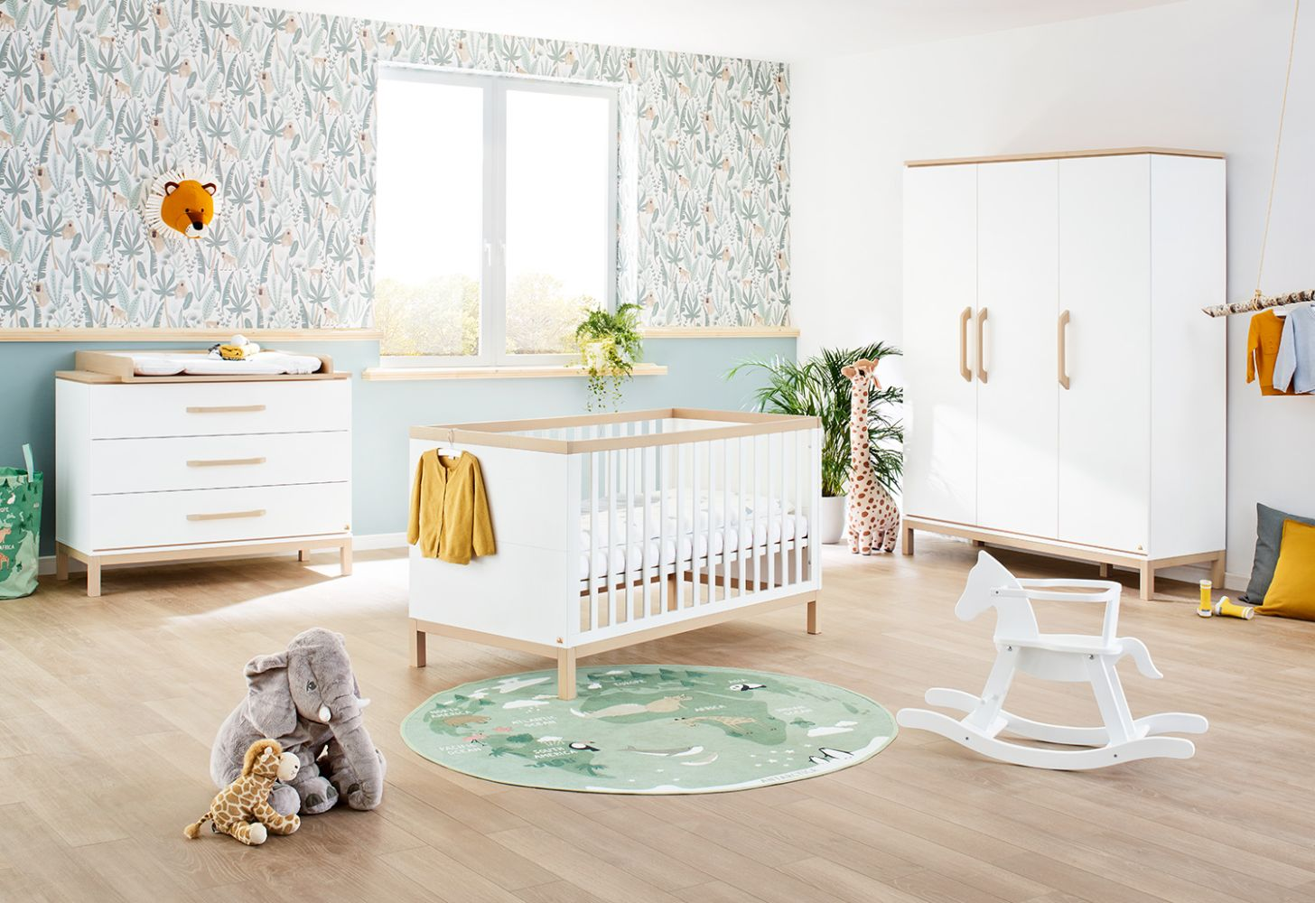 Pinolino 'Light' 3-tlg. Babyzimmer-Set, breit, groß Bild 1