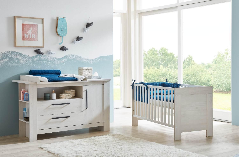 Arthur Berndt 'Til' Babyzimmer Sparset 2-teilig, Kinderbett (70 x 140 cm) und extrabreite Wickelkommode mit Wickelaufsatz Nordic Wood Bild 1