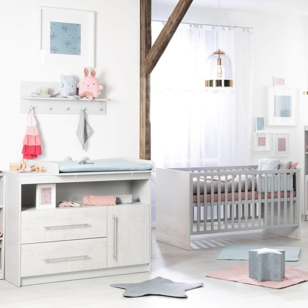 Roba 'Maren 2' 2-tlg. Babyzimmer-Set, weiß/lichtgrau, aus Bett 70x140 cm und breiter Wickelkommode Bild 1