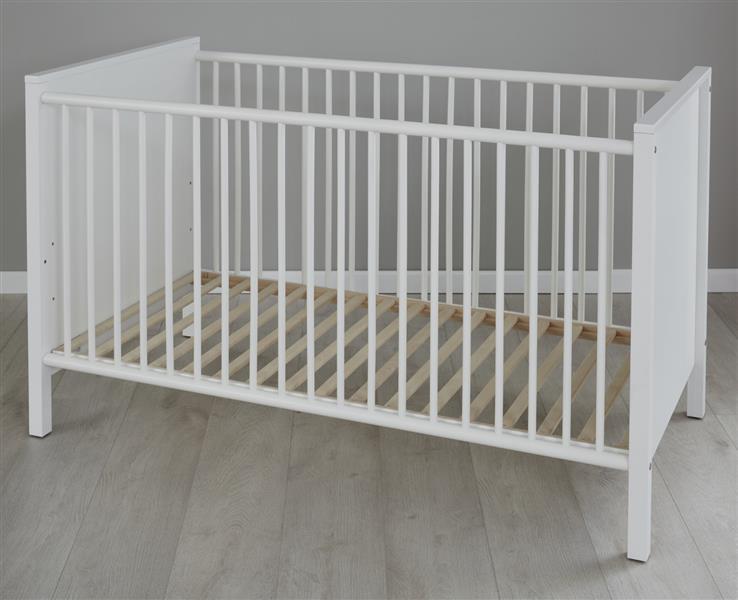 Trendteam 'OLE' Babybett weiß, 70 x 140 cm Bild 1