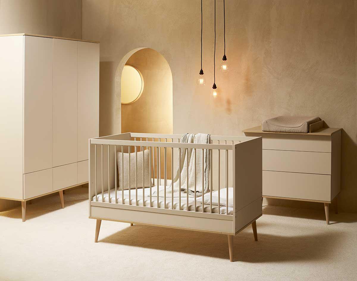 Quax 'Flow' 3-tlg. Kinderzimmerset, Clay & Oak, aus Bett 60 x 120 cm, Wickelkommode und 3-trg. Kleiderschrank Bild 1