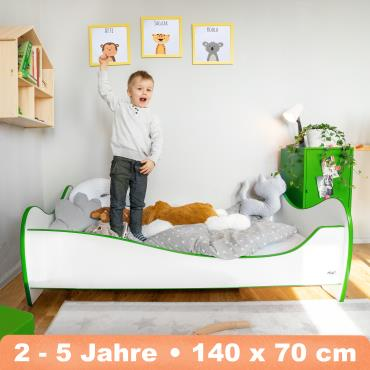Alcube 'Swinging Green Edge' Kinderbett 140 x 70 cm mit Rausfallschutz inkl. Lattenrost und Matratze, weiß Bild 1