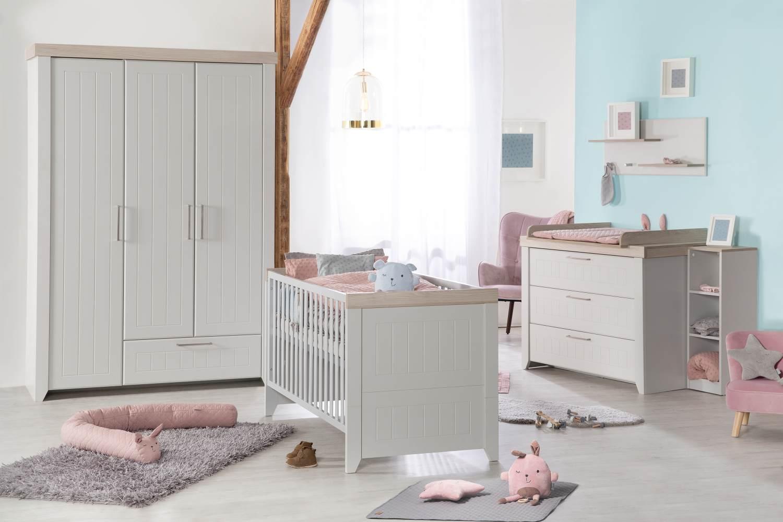 roba 'Helene' 3-tlg. Babyzimmer-Set, inkl. Kombi-Bett 70 x 140 cm, Wickelkommode und 3-türigem Schrank, Lichtgrau Bild 1