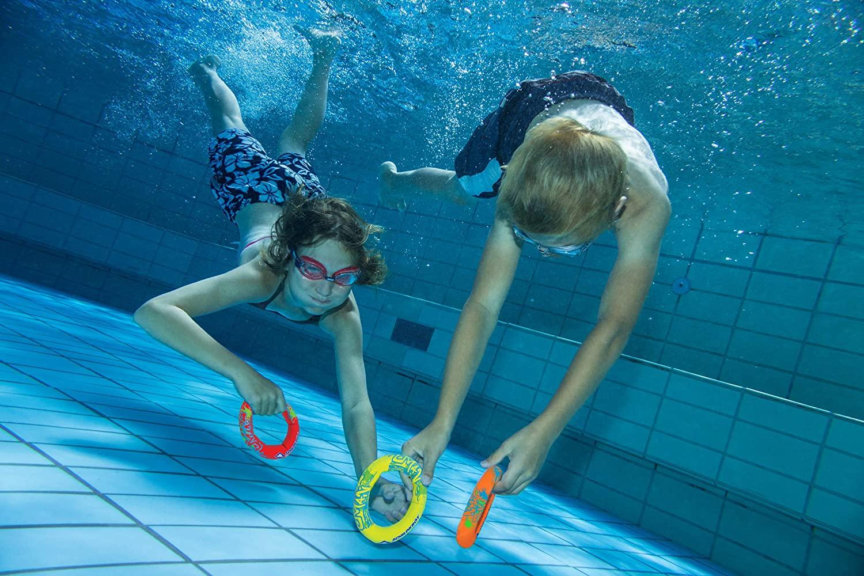 Schildkröt Neopren Diving Set, 6-teiliges Tauchset, je 2 Ringe, Stäbe, Bälle, Sandfüllung, weich, stehen am Grund Bild 1
