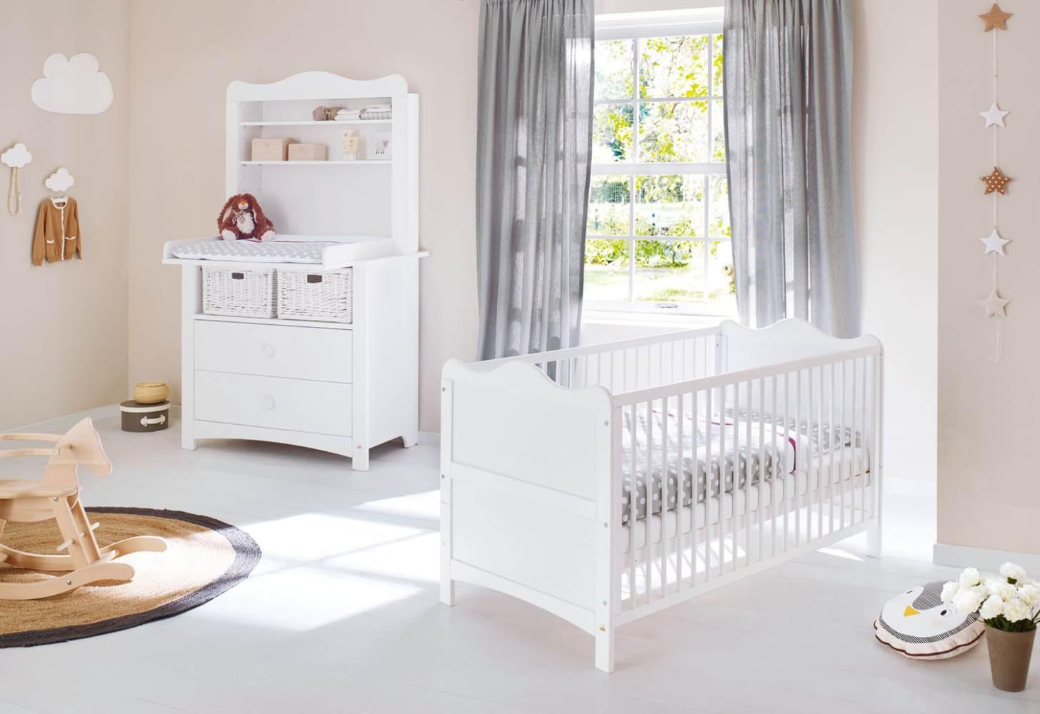 Pinolino 'Florentina' 2-tlg. Babyzimmer-Set weiß, breit, inkl. Regalaufsatz Bild 1