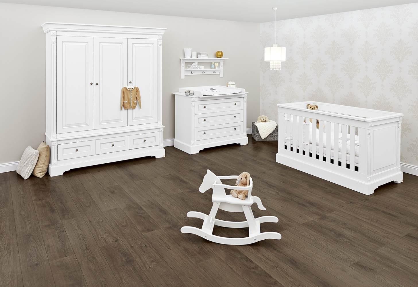 Pinolino 'Emilia' 3-tlg. Babyzimmer-Set weiß, 3-türig Bild 1