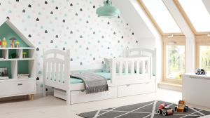 Kinderbettenwelt 'Susi' Kinderbett 80x160 cm, weiß, Kiefer massiv, inkl. Lattenrost, zwei Schubladen und Matratze