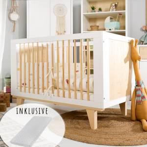 Babybett Kinderbett Gitterbett 60x120 mit Matratze hhenverstellbar & herausnehmbare Sprossen | Beistellbett weiss sehr stabil maximale Sicherheit Made in Europe