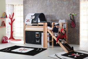 Spielbett Eliyas mit Rutsche und Textilset Vorhang, 1-er Tunnel und Tasche