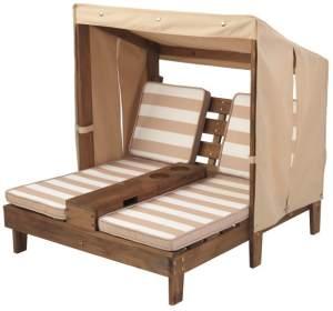 KidKraft 2-Sitzer Gartenliege mit Sonnendach und Tassenhaltern, in espressofarben, Bezüge oatmeal/weiß gestreift, aus Holz