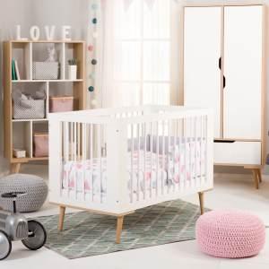 Babybett Kinderbett Gitterbett 60x120 höhenverstellbar & herausnehmbare Sprossen | weiss sehr stabil maximale Sicherheit Made in Europe