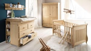 Babyzimmer HELSINKI Set 4-teilig in Kiefer massiv hellbraun
