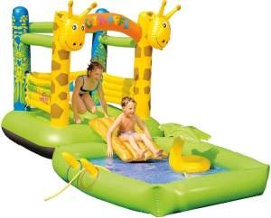 Happy People '2-in-1 Hüpfburg und Pool Giraffe', Planschbecken 195 x 142 cm und Hüpfburg 175 x 165 x 165 cm in einem, inkl. abnehmbarer Rutsche, Sprühfunktion und vielem mehr, ab 6 Jahren