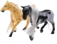 Spielset Kailey Pferd neunköpfiges schwarz / braun