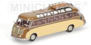 1:43 SETRA S8 BUS 1953 braun/ beige