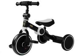 Dreirad schwarz /weiss