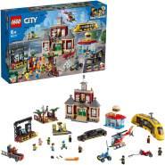 LEGO City 60271 'Stadtplatz', 1517 Teile, ab 6 Jahren, inkl. Rathaus, Stadtplatz, Konzertbühne, Speiselokal, Straßenbahnhaltestelle, Fahrzeugen und vieles mehr