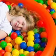 800 bunte Bälle für Bällebad 5,5cm Babybälle Plastikbälle Baby Spielbälle
