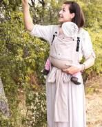 LIMAS Plus Babytrage Halfbuckle | 56 – 104 cm | Bauchtrage & Rückentrage & Hüfttrage | ab Geburt bis Kleinkindalter | Baby Carrier | Beige
