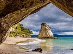 CALVENDO Puzzle Cathedral Cove - Neuseeland 1000 Teile Lege-Größe 64 x 48 cm Foto-Puzzle Bild von TomKli