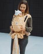 LIMAS Plus Babytrage Halfbuckle | 56 – 104 cm | Bauchtrage & Rückentrage & Hüfttrage | ab Geburt bis Kleinkindalter | Baby Carrier | Flora Sweet Honey