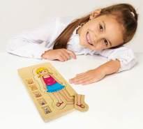 small foot 5814 Puzzle 'Anatomie Mädchen' aus Holz, lehrreiches Puzzle, 29-tlg. mit fünf Lagen, ab 3 Jahren
