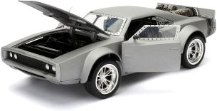 Jada Toys Fast & Furious 8 Dom's Ice Charger, Auto, Spielzeugauto aus Die-cast, öffnende Türen, Kofferraum & Motorhaube, Maßstab 1:24, silber