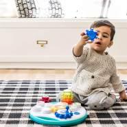 Baby Einstein, Zahnräder - Musikspielzeug mit Lautstärkeregler und Lichtern die im Takt der Musik blinken, ab 12 Monaten