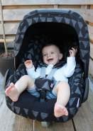 Original Dooky Universal Pads Blue Tribal Gurtschoner & Gurtpolster geeignet für Altersgruppe 0+ und 3 & 5 Punkt Gurte für Babyschale, Kinderwagen, Buggy & Autositz, blau
