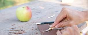 Kreul 15100 - Linolschnittgarnitur, 5 hochwertige Schnittwerkzeuge und Holzgriff mit Austoßer, Schneidefedern aus gehärtetem Stahl