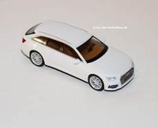 1:87 Audi A6 Avant, ibisweiß