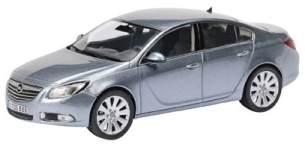 1:43 Opel Insignia Limousine silberseemet