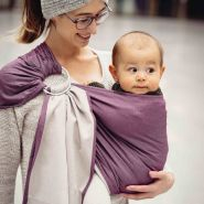 LIMAS | Ring Sling | Geburt bis Kleinkindalter | Bauch- und Hüfttrageweise | diagonal gebundenes Tragetuch Brombeer