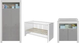 trendteam Babyzimmer 3-teiliges Komplett Set Pia Baby, 215 x 186 x 69 cm in Front Weiß Melamin mit Absetzungen Lichtgrau, Korpus Weiß Melamin mit viel Stauraum