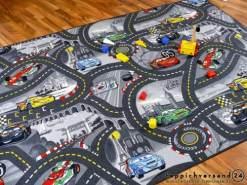 Snapstyle Spiel Kinderteppich Disney Cars Grau 300x300